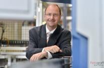 Portrait für Imagebroschüre, Werner Winter Geschäftsführer / Managing Director der Borg Warner Transmission Systems Arnstadt GmbH